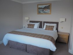 PORTREE hotels with sea view