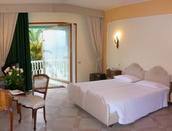 San Felice Circeo hotels with sea view