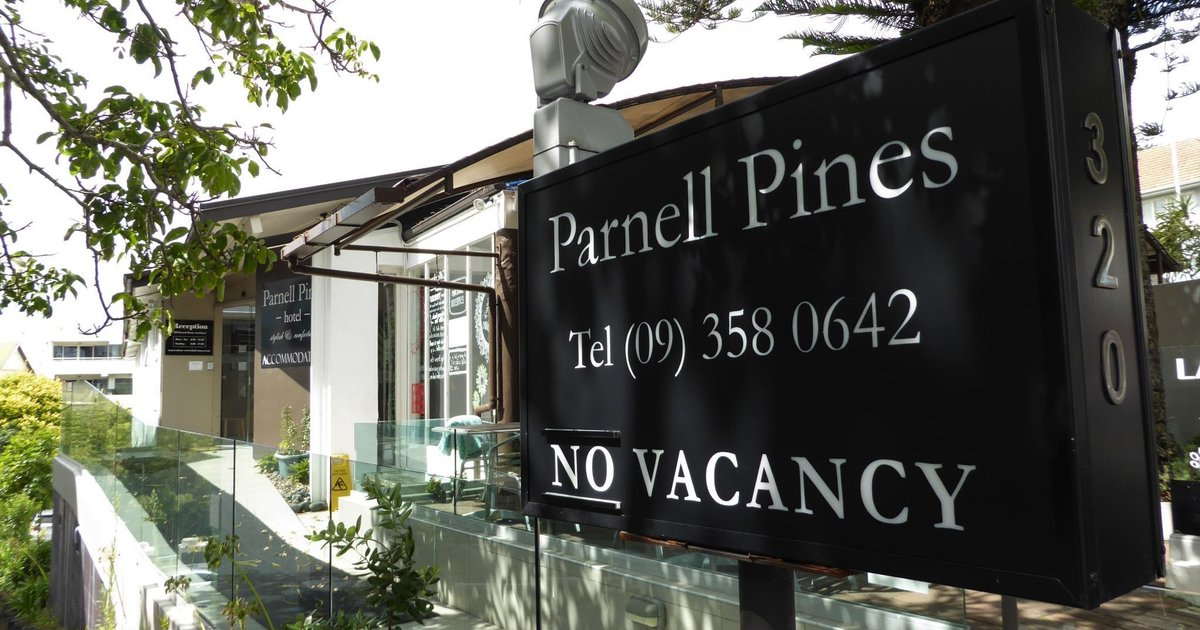 Parnell Pines Hotel