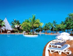 New Caledonia hotels with swimming pool