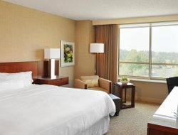 Top-9 hotels in the center of Plainsboro
