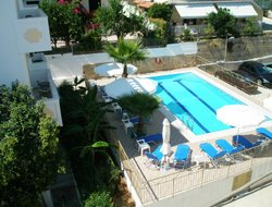 Tolon hotels with swimming pool