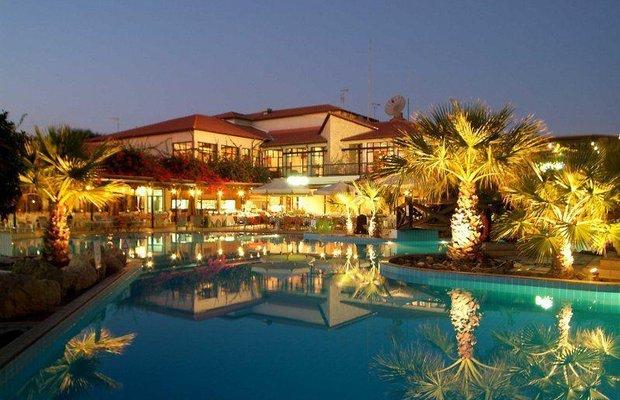 фото Kermia Beach Bungalow Hotel 809617318