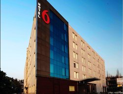 Top-10 hotels in the center of Abhepur