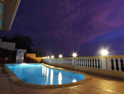 Dabolim hotels with restaurants