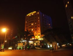 Top-10 hotels in the center of Halong