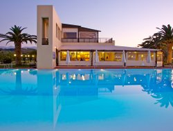 Top-4 hotels in the center of Platanias