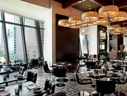 Top-10 romantic Chicago hotels