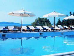 Skiathos Island hotels with restaurants