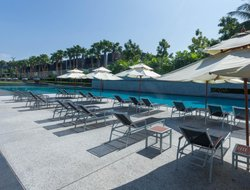 Paklok hotels with swimming pool