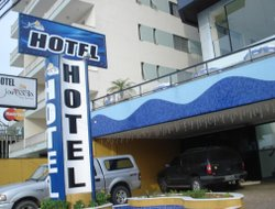 Top-8 hotels in the center of Caraguatatuba