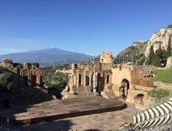 Taormina hotels for families with children