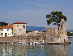 Top-8 hotels in the center of Nafpaktos