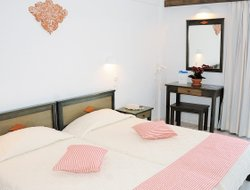 Pets-friendly hotels in Eretria