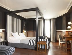 Top-10 romantic Barcelona hotels