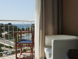 Cala Galdana hotels with swimming pool
