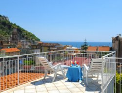 Top-5 romantic Minori hotels