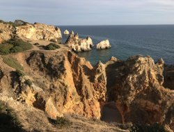 Top-4 hotels in the center of Alvor