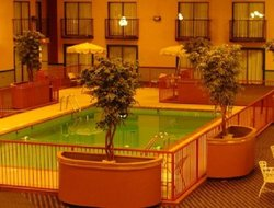 Altus hotels with swimming pool