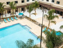 Saint Augustine Beach hotels with restaurants