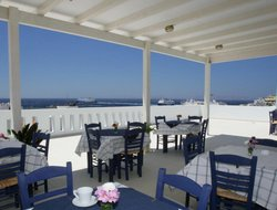 Top-6 hotels in the center of Tinos Town