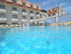 A Lanzada hotels with swimming pool