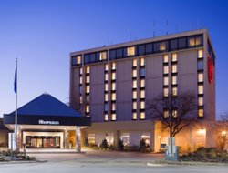 Business hotels in Middleburg Heights