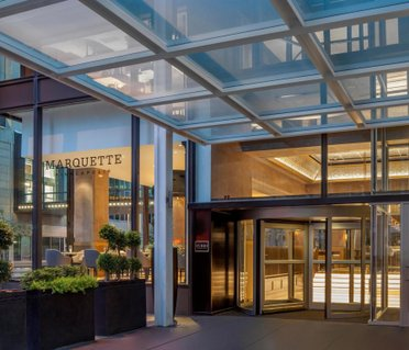 The Marquette Hotel, Curio Collection by Hilton