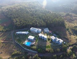 Ooty hotels with swimming pool