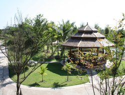 Sakon Nakhon hotels with restaurants