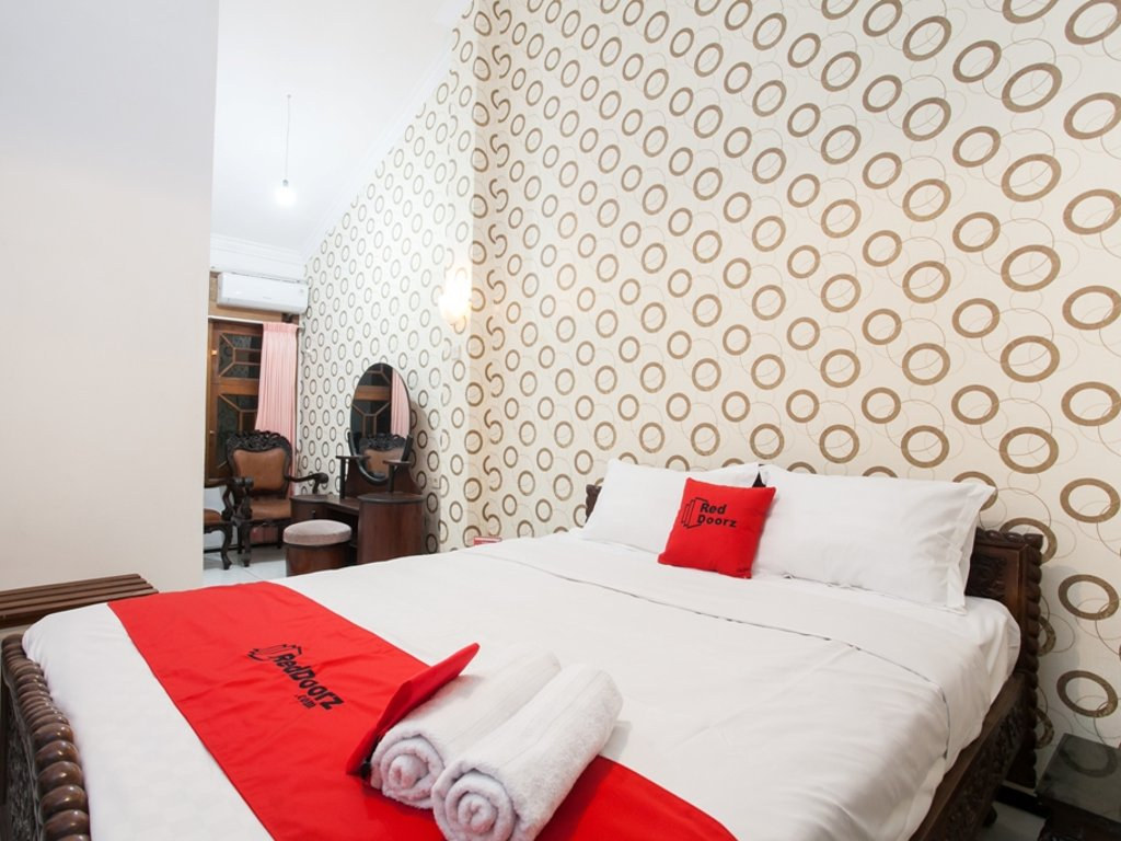 RedDoorz Hotel Dekat Universitas Brawijaya Malang