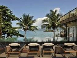 Ilhabela hotels with restaurants