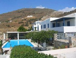 Tinos Town hotels with swimming pool