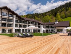 Garmisch-Partenkirchen hotels with restaurants