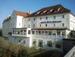 Top-5 hotels in the center of Steyr