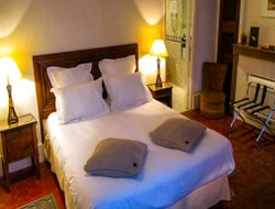 Pets-friendly hotels in Beaune