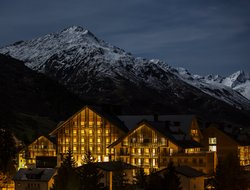 Top-8 hotels in the center of Andermatt