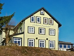 Masserberg hotels with restaurants