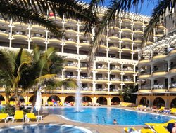 La Playa de Arguineguin hotels with swimming pool