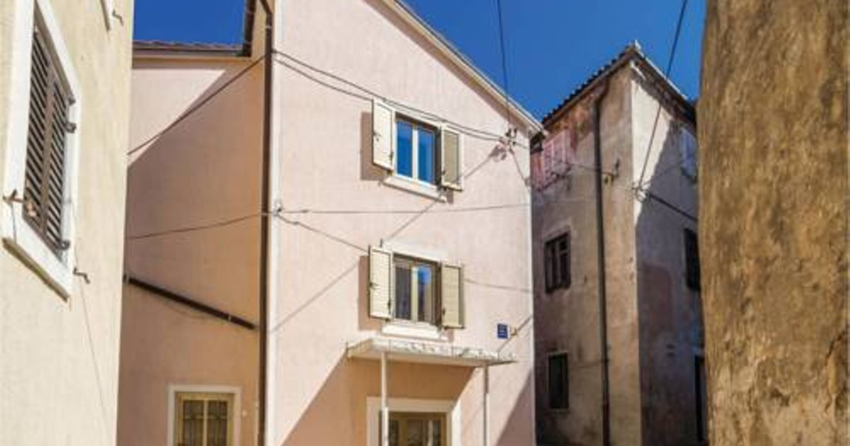 Two-Bedroom Apartment in Senj