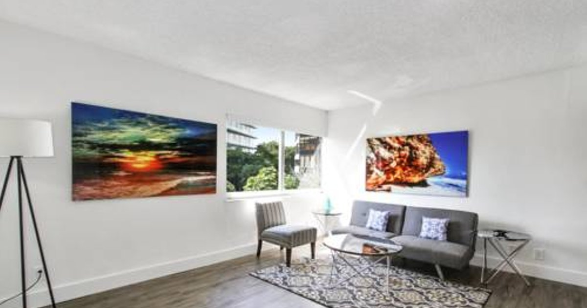 One-Bedroom on S Bayshore Drive Apt 306