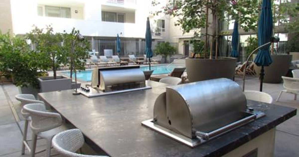 Amazing location and amenities brand new - West Hollywood