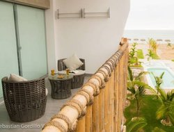 Puerto Villar hotels with sea view