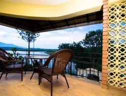 India hotels with lake view