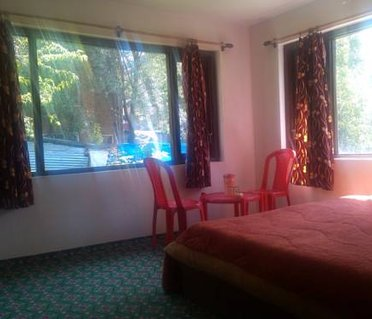 Hotel Green Hill Pahalgam (Stay of Desire)