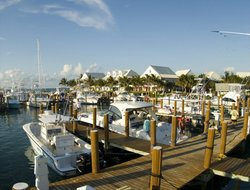 Grand Bahama Island hotels with restaurants