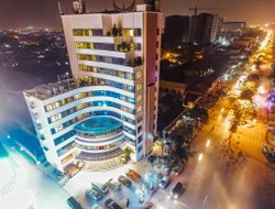 Top-3 hotels in the center of Vinh