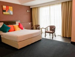 Taiping hotels with swimming pool