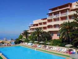 Pelekas hotels with swimming pool