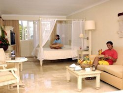 Bavaro hotels with swimming pool